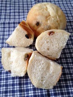 ミックスドライフルーツのパン