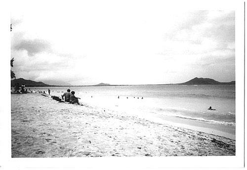 b&w kailua beach