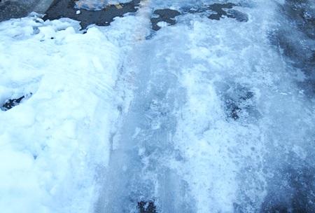 凍ってしまいました!