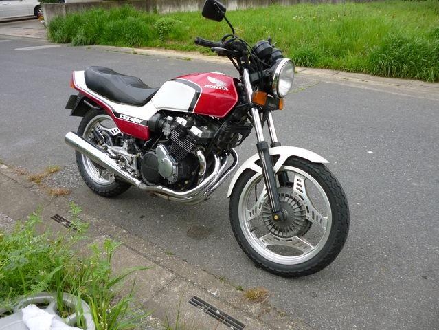 盗難バイクcbx400f