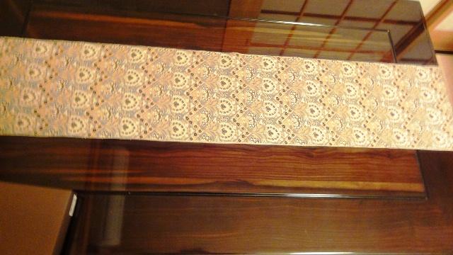 テーブルランナー帯