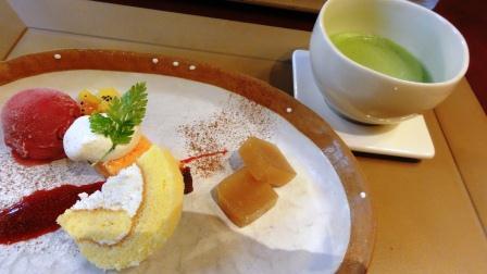 デザートと抹茶