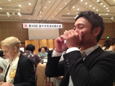 47 山本哲也 朝鮮飲み