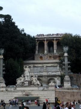 ローマ103ポポロ広場