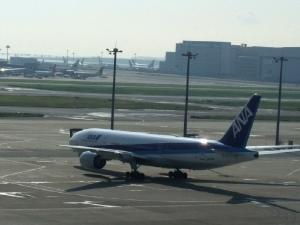 マカオ401ANA羽田空港