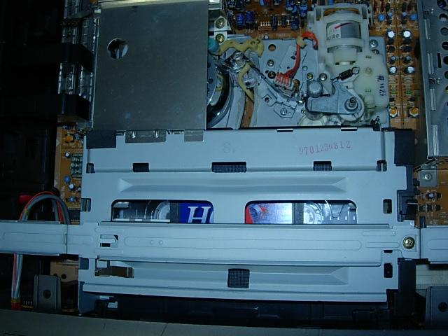 VC-B50G 11