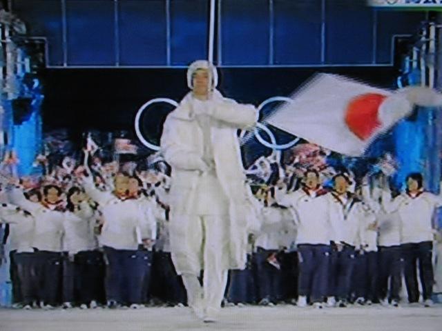 日本選手団入場