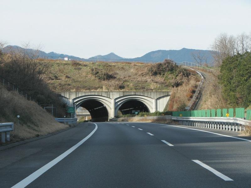 富岡トンネル