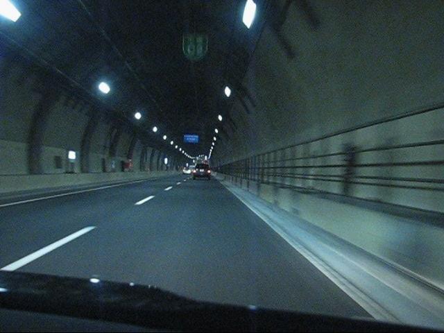 シールドトンネル