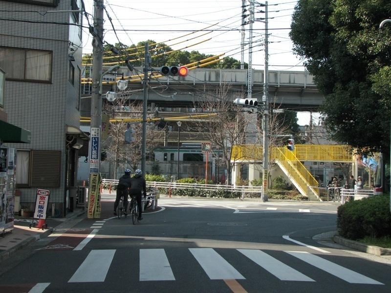 西大井駅前
