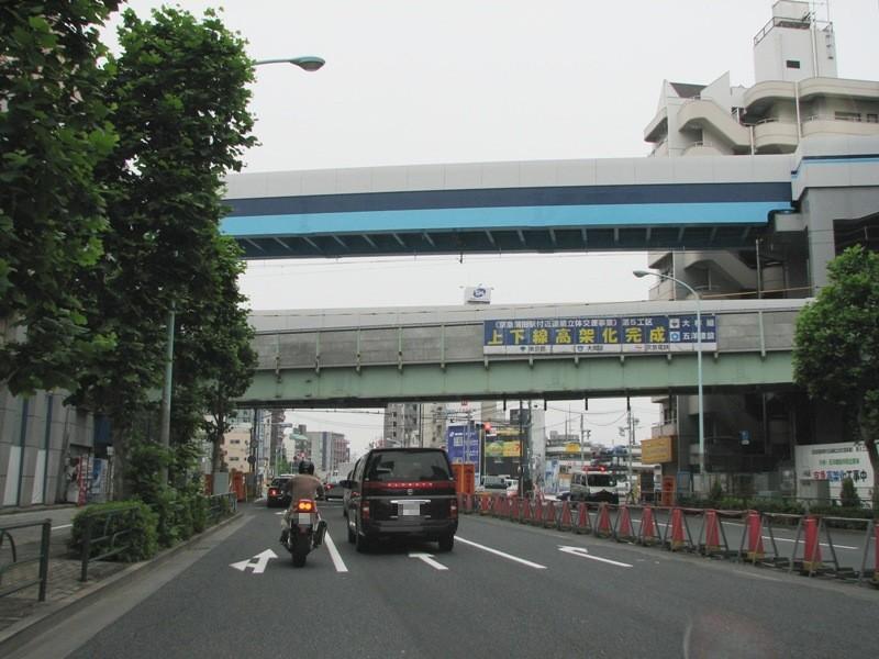 完成した京急線高架