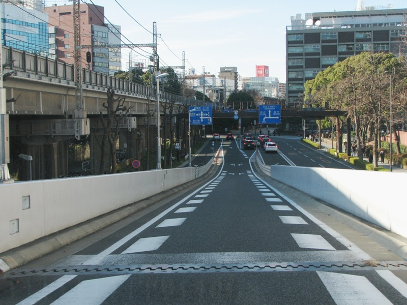 横浜公園出口
