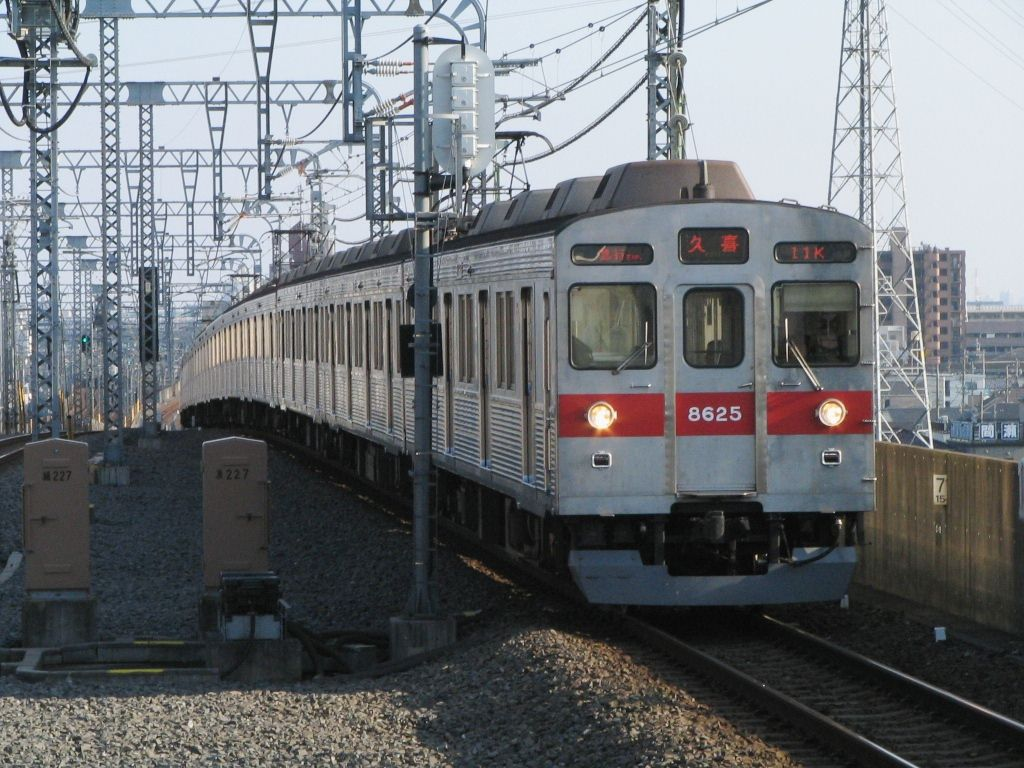 tokyu8500.jpg