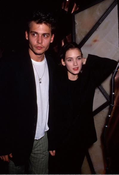 1215 Winona-and-Johnny-johnny-depp-and-winona-ryder-11393368-1698-2499