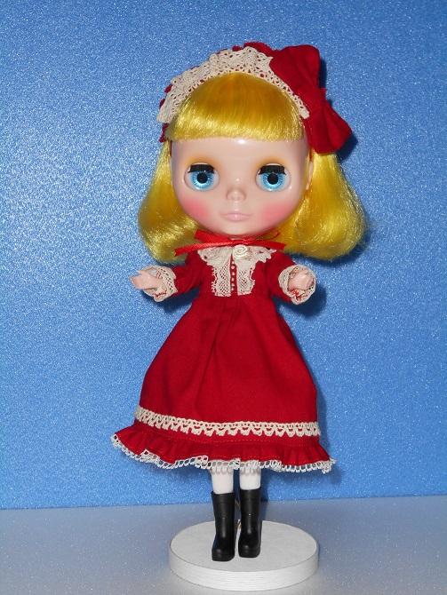 23 ユキちゃんと赤いドレス