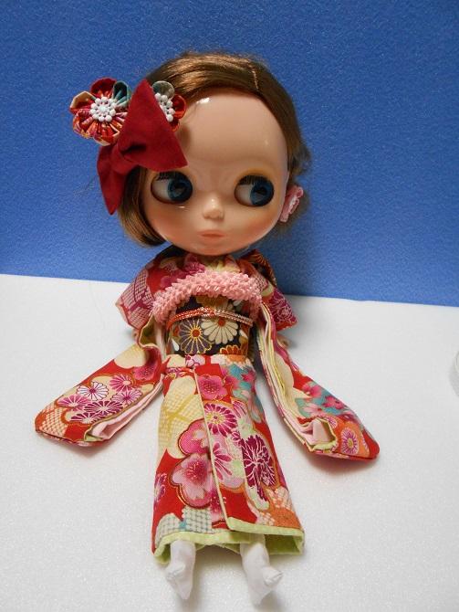 13 Kelly in Kimono