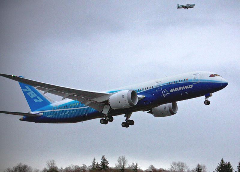 800px-787_First_Flight.jpg