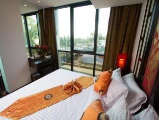 ロイヤル タイ パヴィリオン ホテル (Royal Thai Pavilion Hotel)