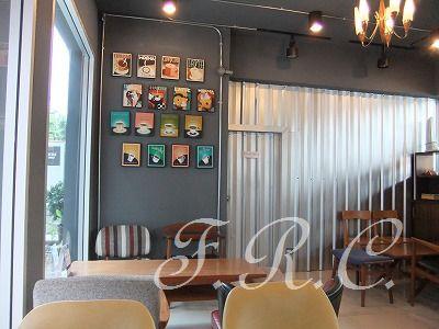 ニマンヘミンロードのカフェ