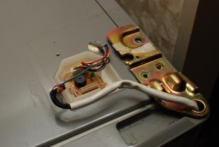 R-KF40RPAM 日立冷蔵庫ドアが締まらない