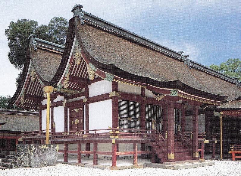 宇佐神宮〈八幡造り)