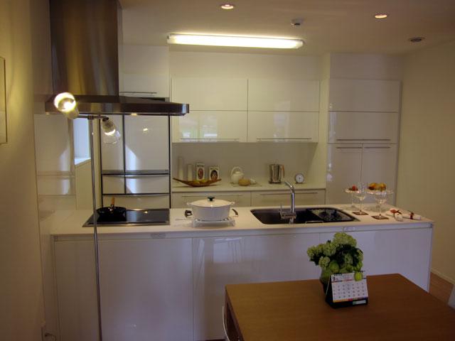 三鷹1階キッチン