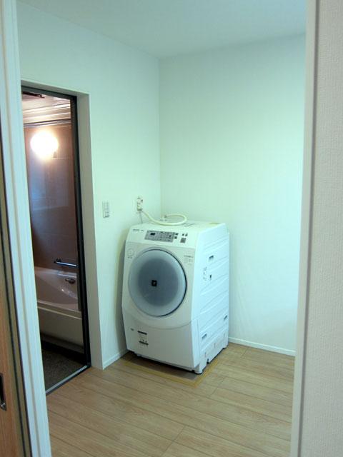 三鷹 洗濯機