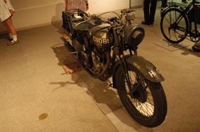 軍用バイク
