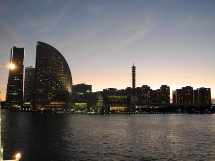 横浜の夕暮れ1