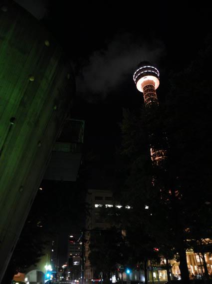 マリンタワーの夜景