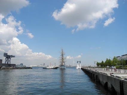 日本丸離岸4