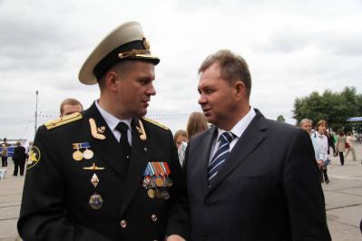 ロシア海軍総司令官ヴィクトル ...
