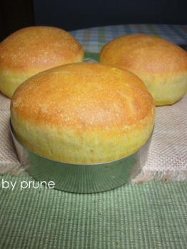 20120927かぼちゃバンズbyプルーン酵母
