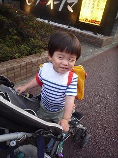 120627_保育園帰り道 (2)