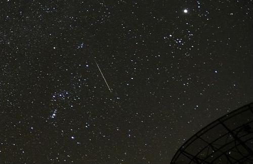 ふたご座流星群流星