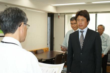 04県くらし環境部優良工事等表彰式(木部伸治氏)2