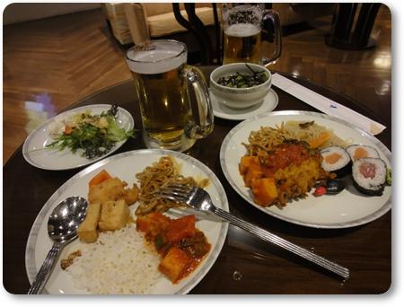 チャンギ空港ビジネスラウンジ食事,ビシネスラウンジ食事,SQラウンジ食事