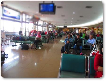 アジスチプト出発ロビー,ジョグジャカルタ空港到着ロビー,