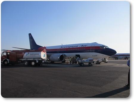 アジスチプト空港 スリウィジャヤ航空,スリウィジャヤ航空737-400,インドネシアの航空会社スリウィジャヤ航空