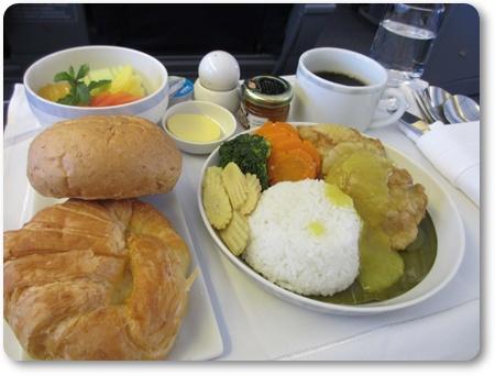 SQ941食事,バリ発シンガポール経由羽田,同日乗り継ぎバリ島