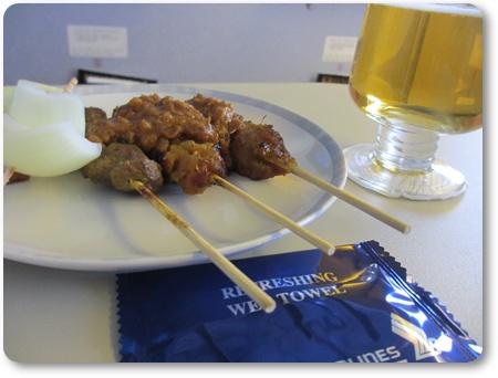シンガポール航空タイガービール,SQ634機内食,シンガポール羽田 ビシネスクラス口コミ,ブログ
