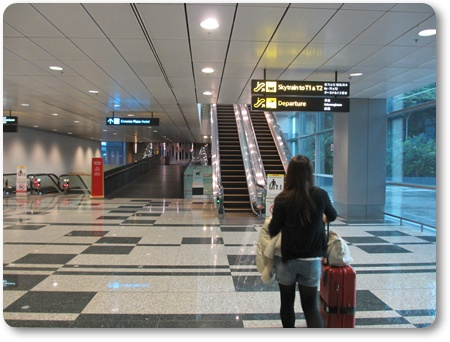 シンガポール一旦入国、シンガポール,チャンギ エアアジア乗り換え
