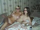 西洋美女2人と3Pセックス画像 1