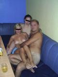 西洋美女2人と3Pセックス画像 13