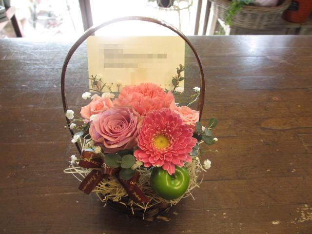 【楽天市場】小さいけど素敵♪「バラのミニアレンジ!選べる4色♪」(花屋Florist Shuei)