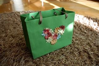 紙袋スタイルのバッグ2