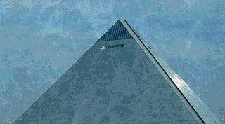 神のピラミッド