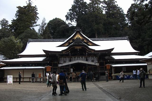 s-雪の大神神社