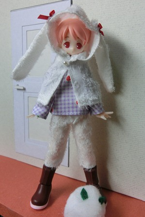 ユーリィうさ服(1)