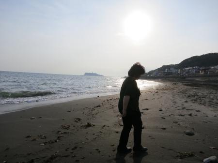 奥に江ノ島